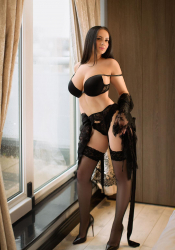 Escort  Adelyn from Edgware Road