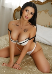 Escort  Martina from Bayswater