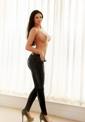 Escort  Suzie from South Kensington