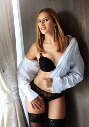 Escort  Tamm from Bayswater